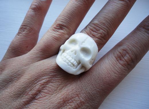 Bone skull ring